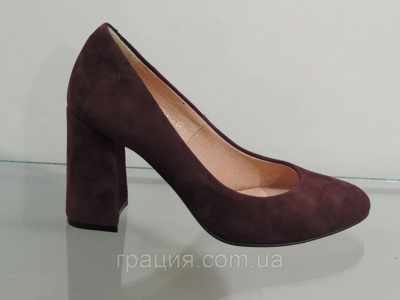 Модные женские бордовые туфли замшевые натуральные на каблуке