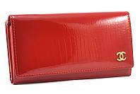 Красный лаковый кошелек Chanel 7001 red