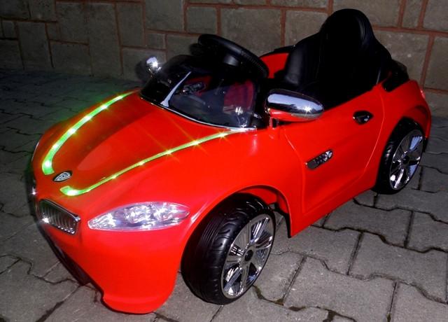 Детский электромобиль BMW B3 красный, EVA колеса, Яркая подсветка