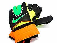 Вратарские перчатки Nike Зеленые