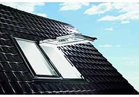 Мансардные окна ROTO Designo R8 с двумя осями поворота створки