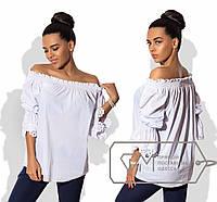 Блуза прямая из батиста с вырезом анжелика на резинке и оборками с узорной прошвой на рукавах 8762