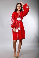 Красное вышитое платье в бохо-стиле