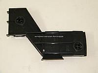 Крепление клыка заднего бампера (справа) на Фольксваген ЛТ 1996-2006 BEGEL (Германия) BG88023R