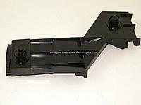 Крепление клыка заднего бампера (слева) на Фольксваген ЛТ 1996-2006 BEGEL (Германия) BG88023L