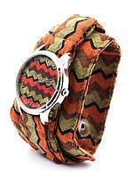 Часы наручные Зигзаги тканевый ремешок