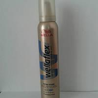 Мусс для волос Wellaflex Extra stark 200 мл. (Велла экстра сильная фиксация №4  ), фото 1