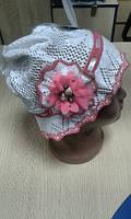 Панама вязанная Белая с розовым цветком