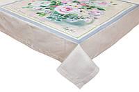 Скатерть столовая хлопковая с цветочным принтом в пастельных тонах.