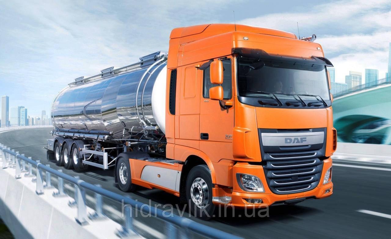 Установка гидравлики на тягач DAF под нефтевоз