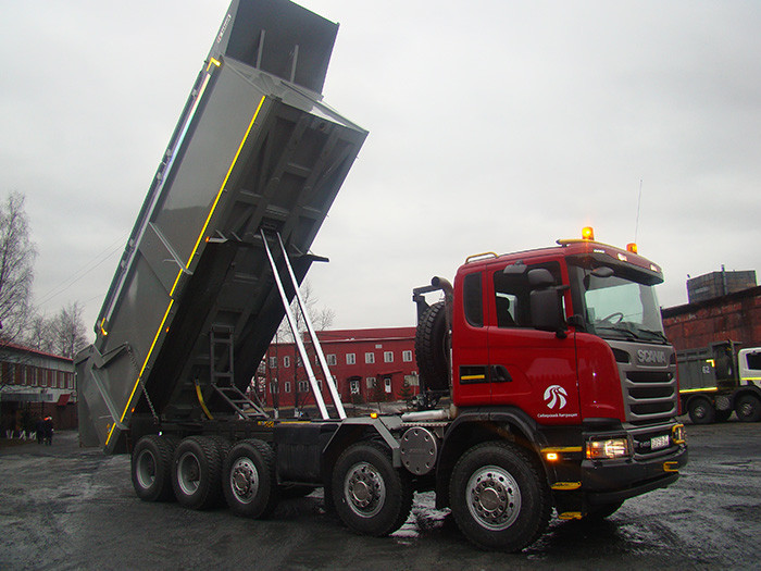 Установка гидравлики на тягач Scania под манипулятор