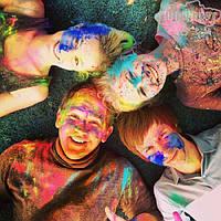 Весняний настрій з Фарбами Холі і #holi_fest!