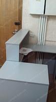 Оборудование для магазина бижутерии, на основе экономпанелей с тумбами под стеклом и выдвижными ящиками со стеклянным фасадом на замке.
