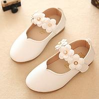 Милі туфельки для дівчаток