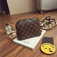 Женская сумочка в стиле Луи Витон (Louis Vuitton) с бежевым ремешком