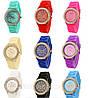 Стильні годинники в кольорах