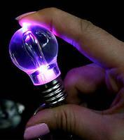 Брелок у вигляді лампочки LED (світлодіод, змінює колір) / Диодная Лампочка Брелок (меняет цвет)