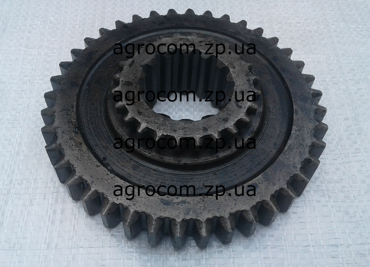 Шестерня привода передних колес Т-40, Д-144