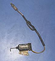 Электрический привод правый центрального замка 6 147 558 Ford sierra