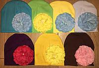 Шапки модные с цветком для девочек
