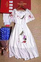 Платье белое гипюровое с бабочками М