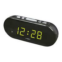 Часы настольные 715-2: будильник, чёрный пластиковый корпус, зелёное свечение цифр