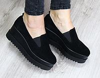 Туфли замшевые на платформе черные