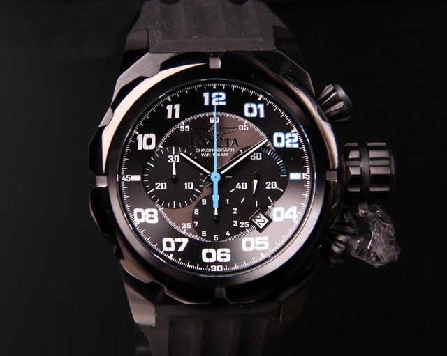 Реально модель выглядит еще лучше. Посмотрите мои объявления. Есть другие  версии часов Invicta . Возможно привезти под заказ другие серии этого бренда 351d8130ced
