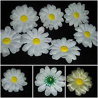 Белая ромашка (головы искусственных цветов), диам. 7 см., 7 шт. в упаковке, 10 гр.