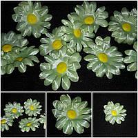 Искусственные цветы - ромашка лимонного цвета, диам. 7 см., 7 шт. в упаковке, 10 гр.
