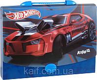 Портфель-папка на застежке А4 KITE 2014 Hot Wheels 209