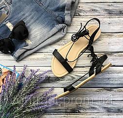 Легонькие сандалии на плоском ходу с тонкими лямками и шнуровкой  SH1284