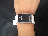 Наручные спортивные часы Adidas LED WATCH, Адидас Лед белые. Отличное качество. Доступная цена. Код: КГ857