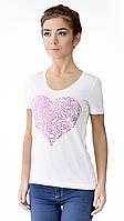 """Футболка женская с аппликцией """"Heart"""" из блесток.Модный глубокий вырез,усиленный плечевой шов"""