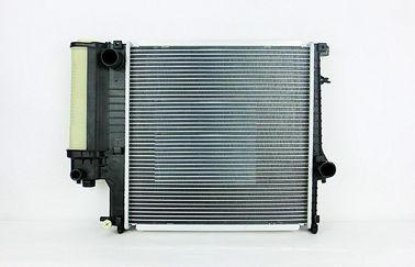 Радиатор охлаждения BMW 5 E34 1988-1995 (2.0 2.5 механика) 520*330мм по сотах KEMP