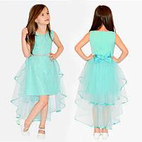 Нарядное платье с длинным шлейфом для девочки