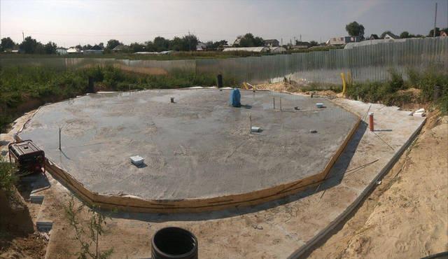 Исходное состояние на 1 марта 2017 Фундамент купольного дома диаметром Ø 10 метров