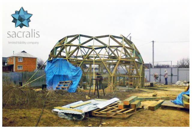 Сборка каркаса купольного дома диаметром Ø 10 метров Состояние на 17 марта 2017