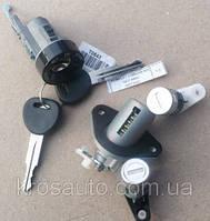 Комплект замков в сборе с ключами Lanos / Ланос, 96213542