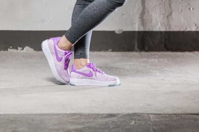 Женская спортивная обувь в интернет-магазине www.qvant.com.ua