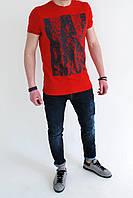 Мужская футболка красная с рисунком lambretta