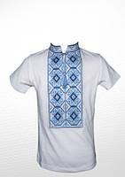 Біла футболка вишита синьо-голубим хрестиком