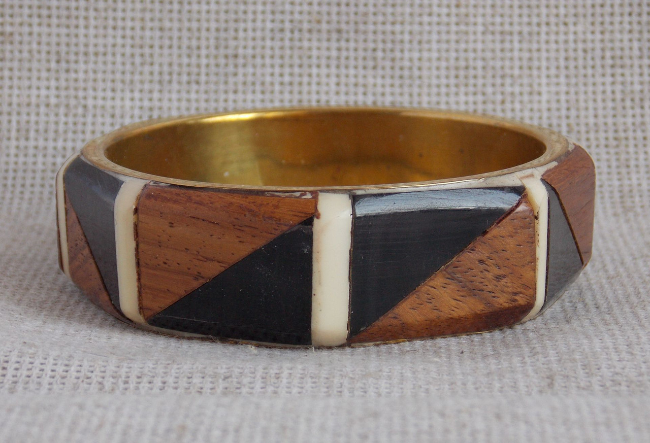 Браслет деревянный женский на руку
