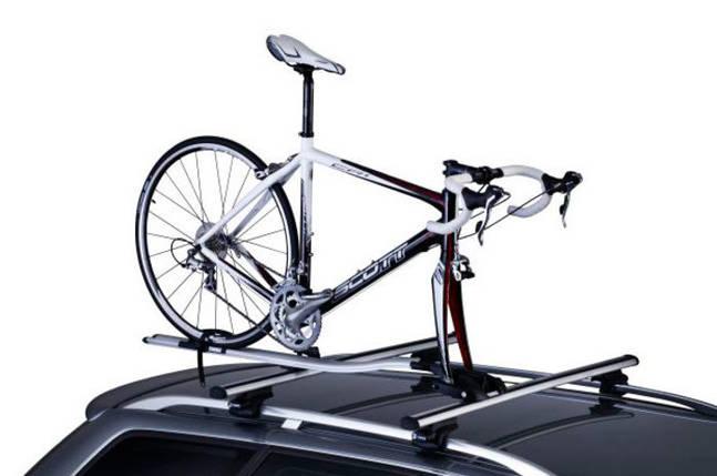 Крепление Thule OutRide 561 для 1 велосипеда c фиксацией за вилку на крышу , фото 2