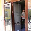 Дверная москитная сетка коричневая
