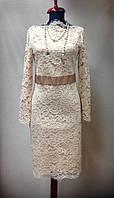 Платье  кружевное бежевое миди с длинным рукавом