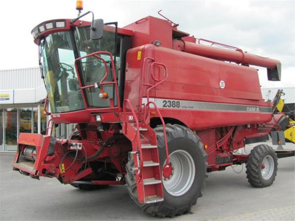 Зернозбиральний комбайн CASE 2388 E