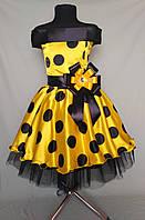 Нарядное корсетное платье в горох в ретро-стиле