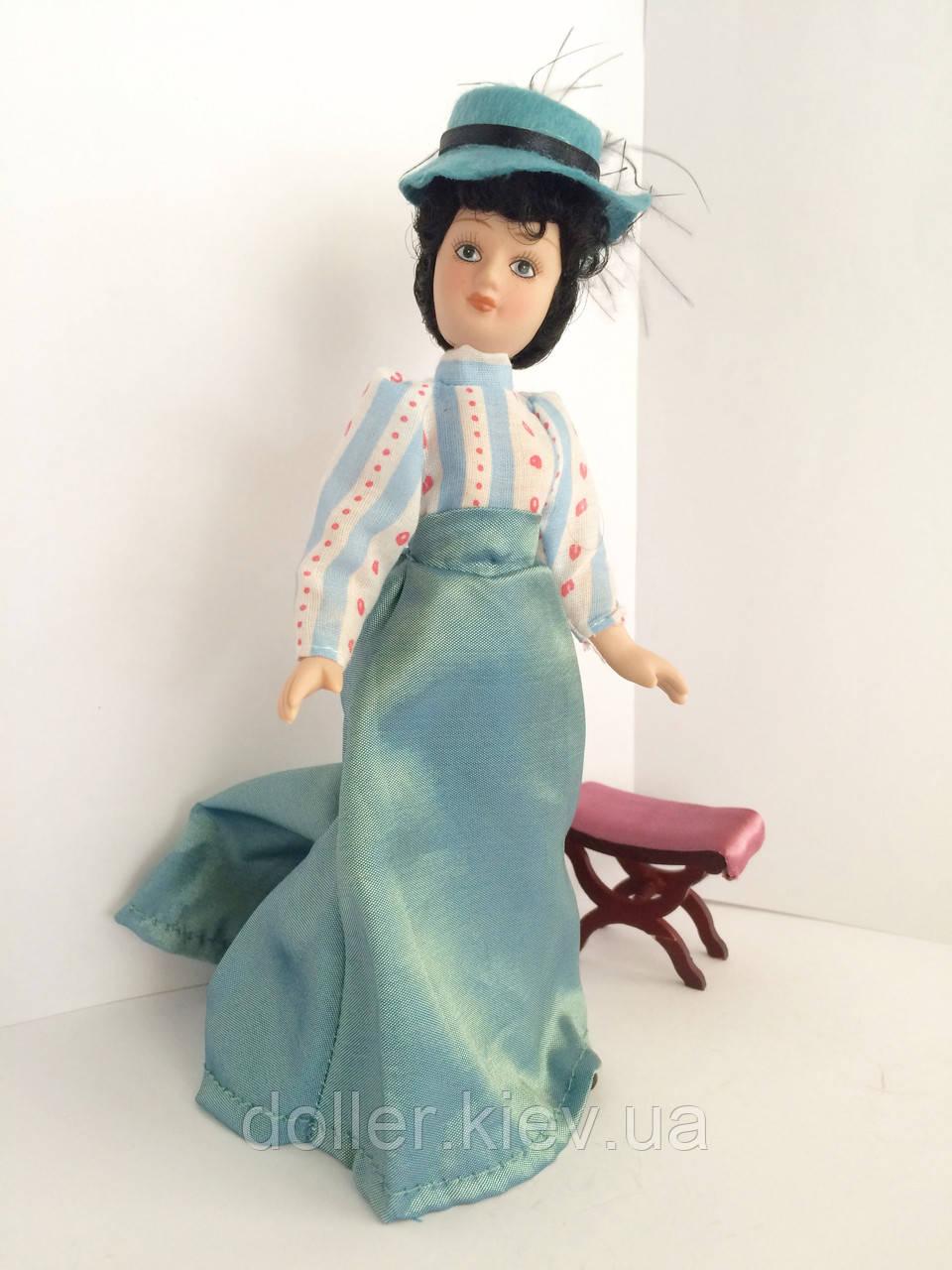 """Коллекционная кукла """"Дамы эпохи"""" в светло-голубом (18 см.)"""