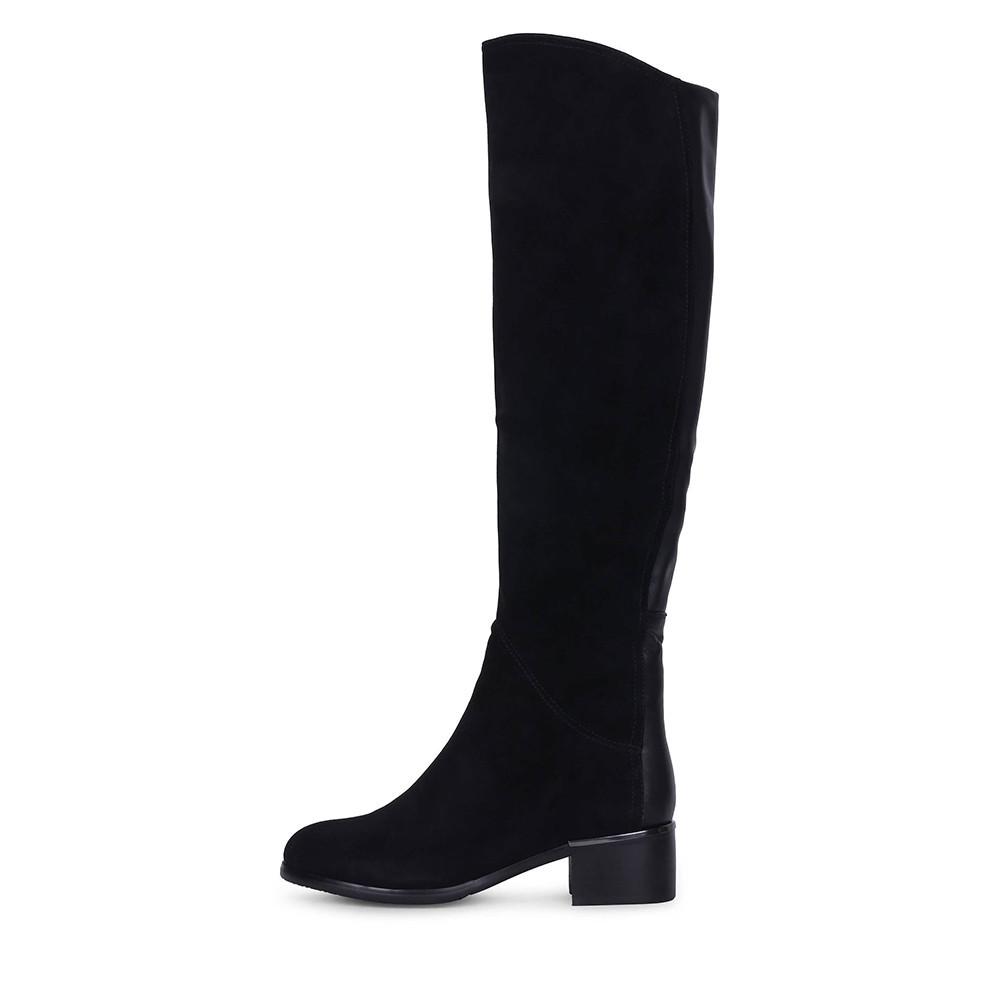 Зимние замшевые черные ботфорты на низком каблуке BERLONI